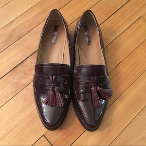 Tahari 'Looker' Loafer